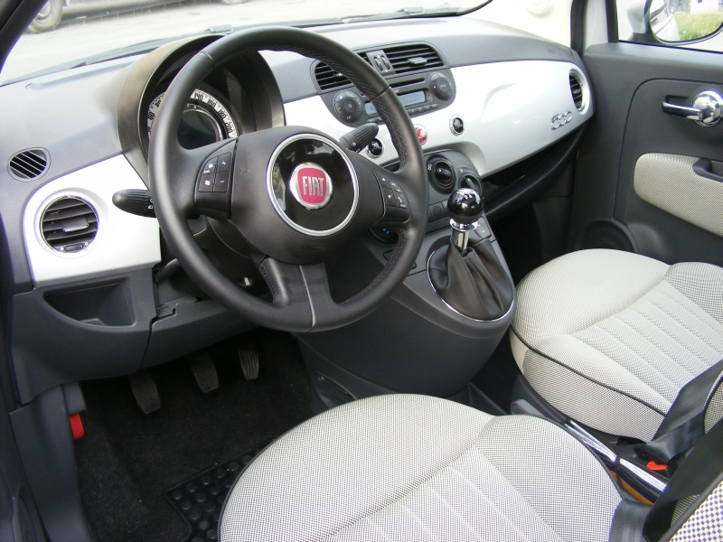 Vand Fiat 500 1.2 69cp Lounge
