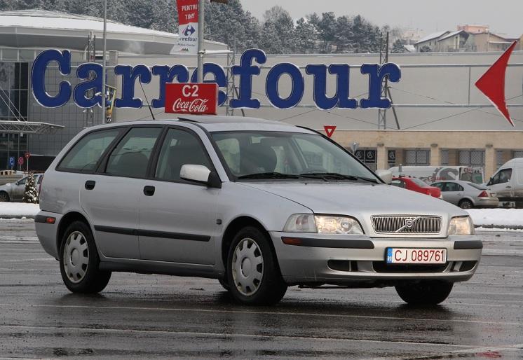 Volvo v40 diesel 2001, euro 3, clima, trapa