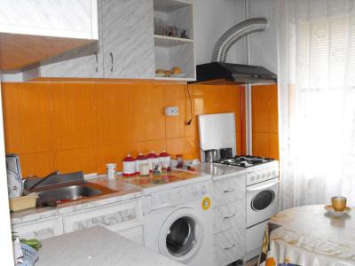 Vand apartament 4patru camere Navodari Sud