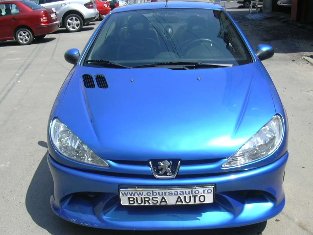 Vand Peugeot 206cc 2003  clima piele full electric