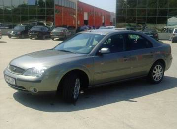 Vand Ford Mondeo berlina 2,0 i 150cp gri