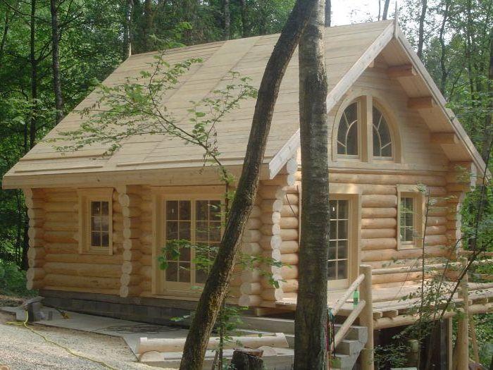 Executam case din lemn rotund cabane foisoare