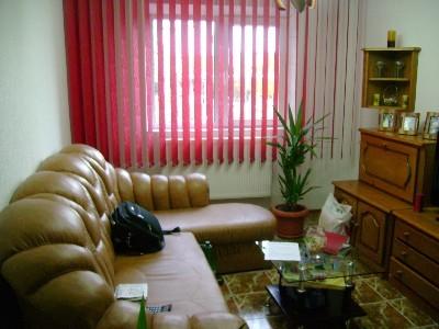 Vand apartament 3 camere pe republicii