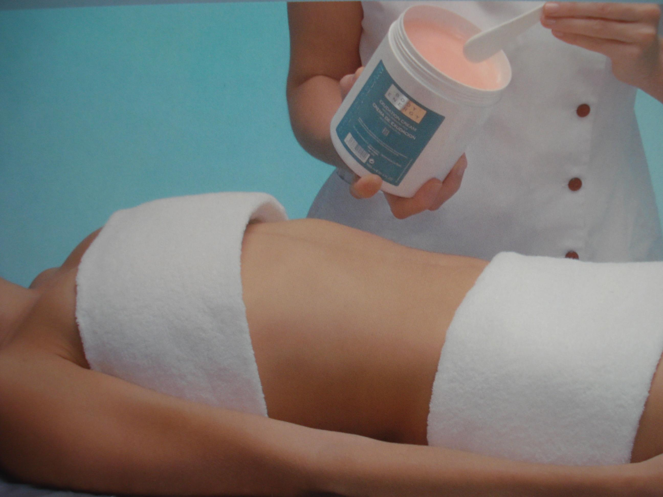 Servicii de masaj, tratamente corporale, cosmetica faciala